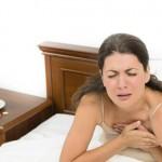donna accusa infarto